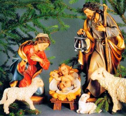 Weihnachten und krippe beispiele edler holzschnitzereien