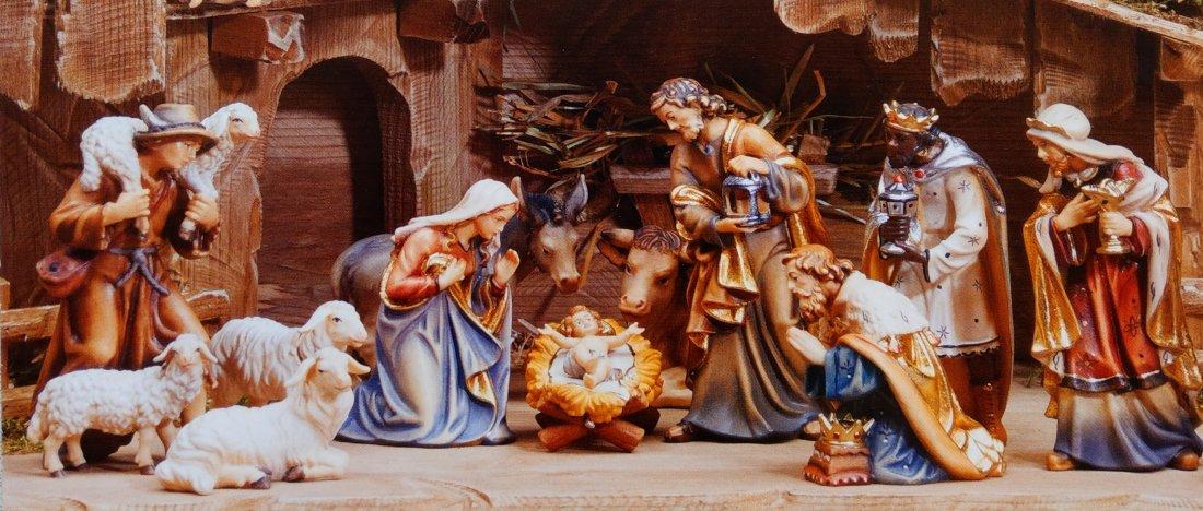 holzschnitzereien-krippenfiguren-weihnachtskrippen-panorama-original-1100